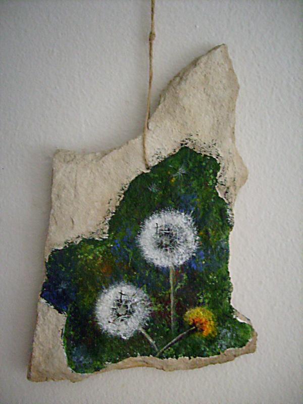 MASLAČCI,akril na kamenu,16 x 17 cm